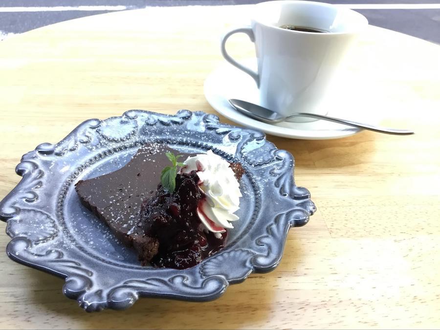 【新メニュー】チョコレートのテリーヌ